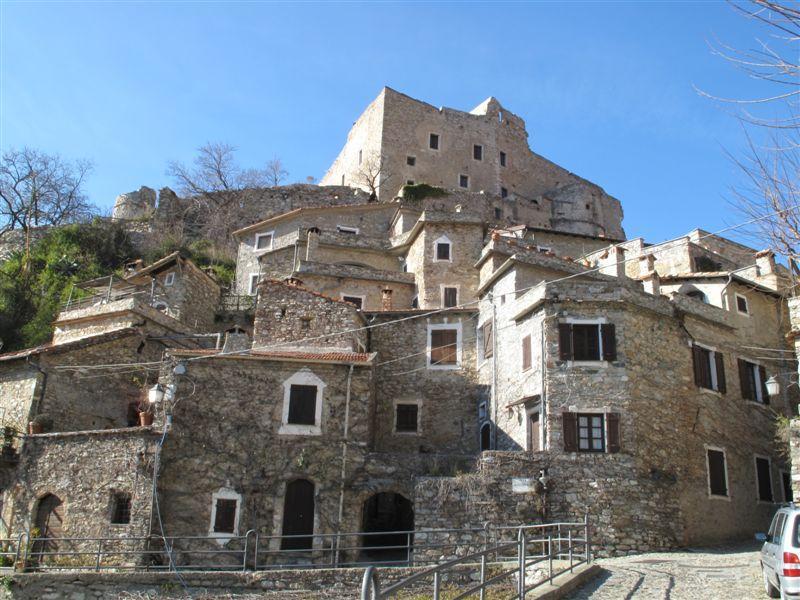 houses in castelvecchio Village in Italy