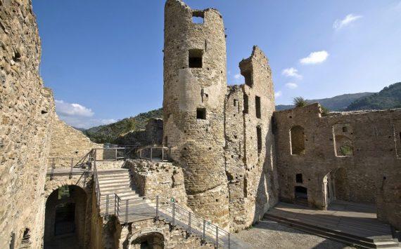 I castelli della Liguria di Ponente