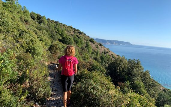 Live Liguria on the paths. Residence Oliveto: a world for trekkers